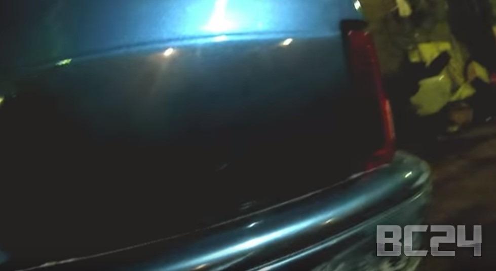 Как убрать царапину на машине своими руками без покраски